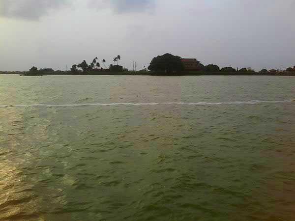 gauri-shankar-lake-bhavnagar.jpg